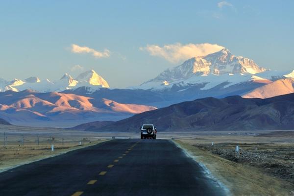 Everest Adventures – Explore Tibet