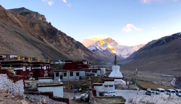 The 5 Tibet Travel Permits and Visas You'll Need to Explore Tibet