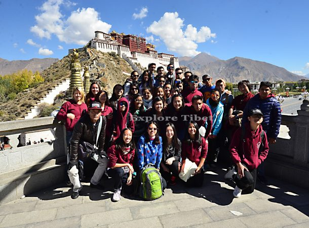 Tibet Group Tour or Private Tour? Which is best for you?