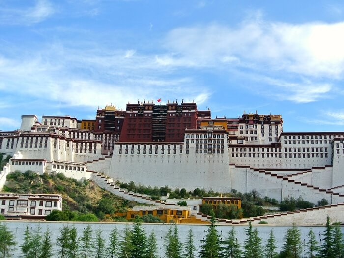 Flights to Tibet: the Most Convenient Way to Get to Lhasa City | Explore Tibet