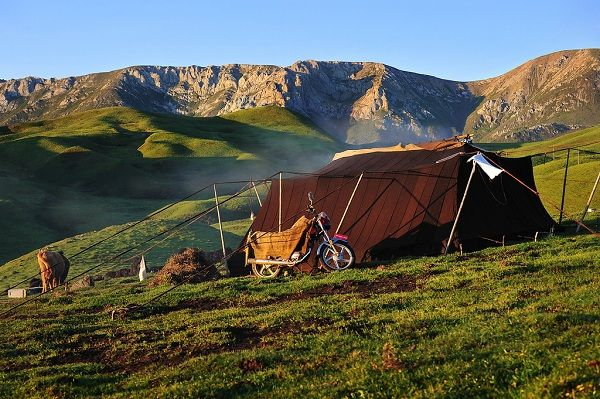 The Life of the Tibetan Nomads