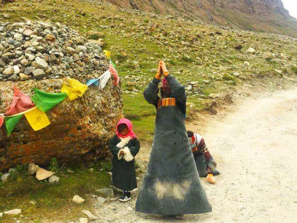 Prostrating Pilgrims: Gaining Merit Towards Enlightenment