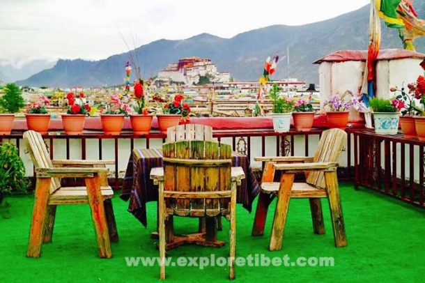 Choosing a Hotel in Lhasa with a Potala Palace View