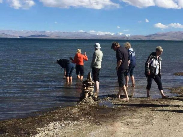 Manasarovar Lake – One of the Great Three Holy Lakes of Tibet