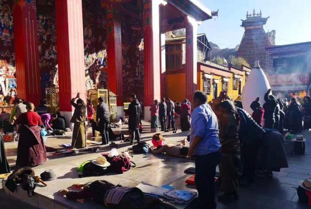 Traveling to Tibet from China by Train