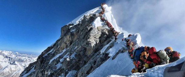 Travel News: The Southern Slope of Mount Everest In Nepal has been overcrowded.