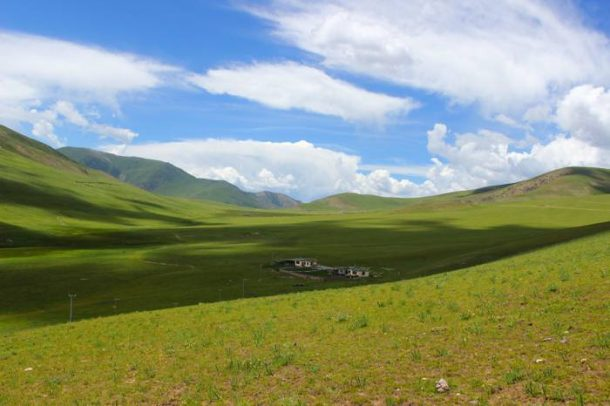 Summer in Tibet – The Peak Season for Tibetan Tourism