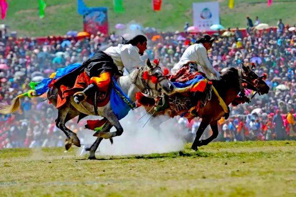 tibetan horse racing festival in Yushu