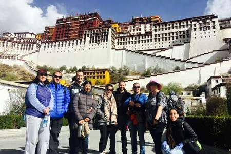 Tibet Group tour visit to Potala palace in Lhasa | Explore Tibet