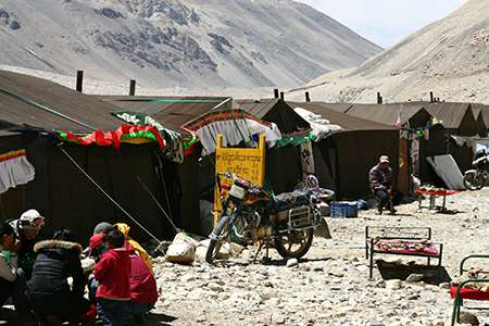 Everest base camp tent guesthouses