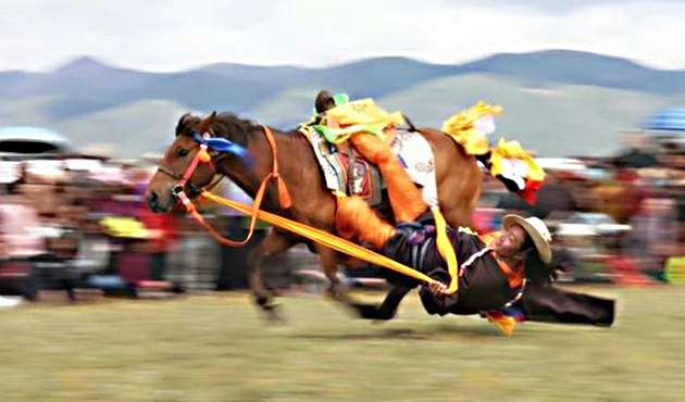 ETG7-11 days Lithang Horse Racing Group Tour in 2019