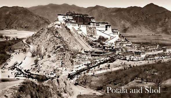 Old Potala palace picture