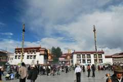 Jokhang-temple-square