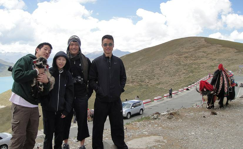 Tibet Group Tour at Gampa la