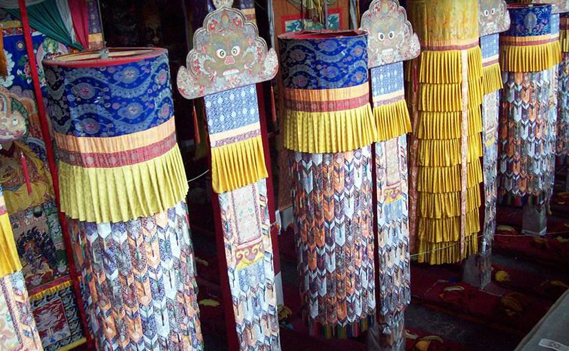 Sera monastery assembly hall